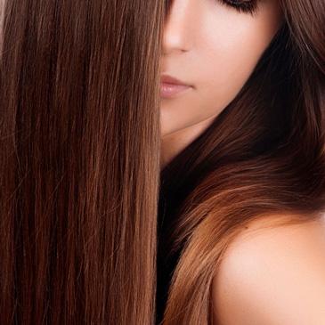Este innovador tratamiento reestructura y cuida el pelo durante y después de los procesos químicos. Renueva de forma duradera la estructura capilar, cuida y sella el pelo devolviéndole toda su belleza y naturalidad. Incluye marcar con secador y lavado.