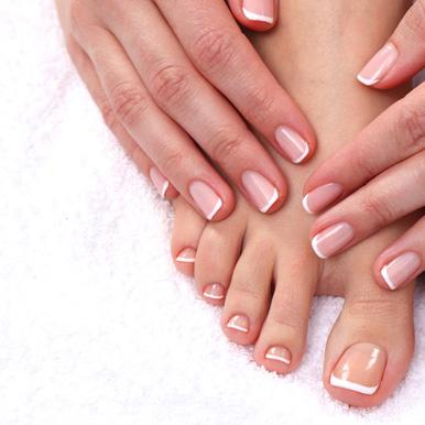 Retirada de esmaltado permanente manos y pies