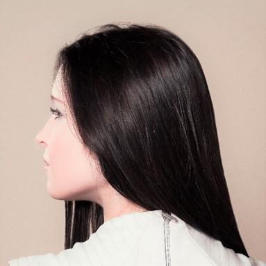Olvídate del pelo encrespado y rebelde. Nuestro tratamiento de queratina te lo dejará perfecto y con mucho más brillo.